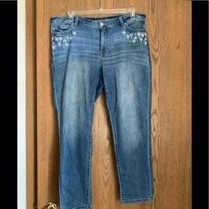 Jennifer Lopez Relaxed Skinny Jeans size 14